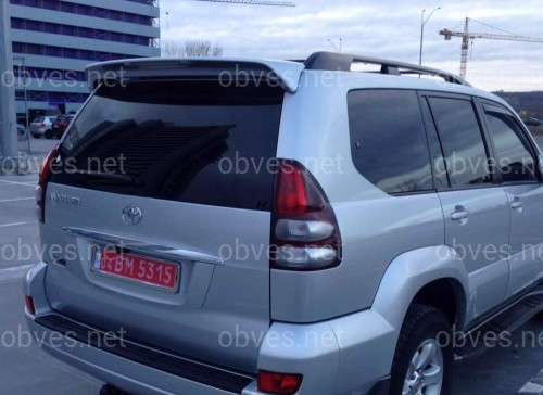 Спойлер на крышку багажника с белым стопом Toyota Land Cruiser Prado 120 2003-2009 цвет серебро ABS пластик