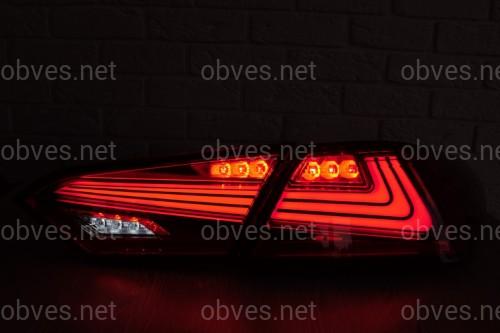 Задние диодные фонари Toyota Camry 70 2018- красные