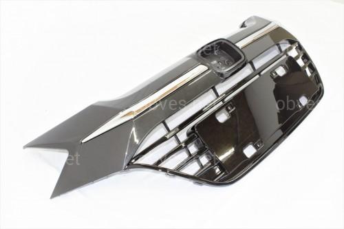 Решетка радиатора Honda HR-V 2015-