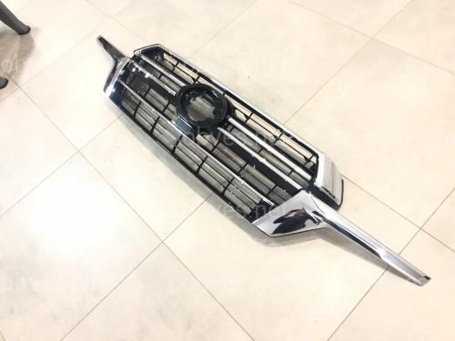 Решетка радиатора Toyota Land Cruiser 200 2016+ дизайн 2019