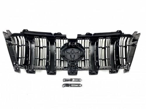 Решетка радиатора штатная Toyota Land Cruiser Prado 150 2013- цвет черный